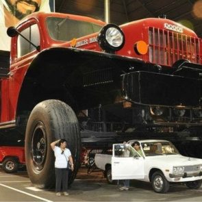 Dodge Power Wagon (реплика)