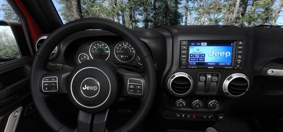 Салон Jeep Wrangler Sport S 2016
