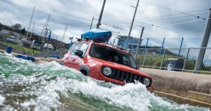 Jeep Renegade принял участие в «рафтинге» 1