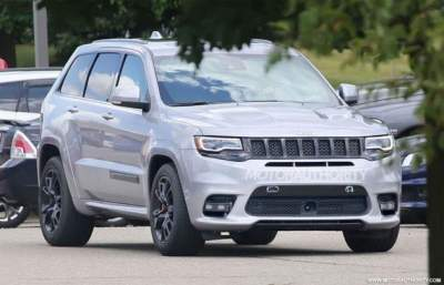 jeep-grand-cherokee-trackhawk-2018-2