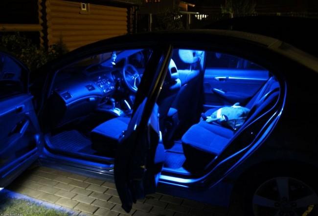 Как сделать подсветку в салоне автомобиля?