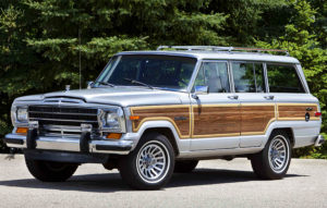 1989 Jeep Grand Wagoneer; Based on the Jeep SJ platform, Jeep Wa