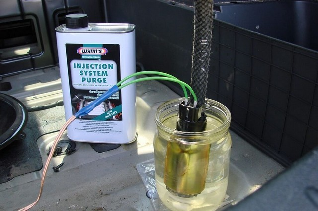 Как выбрать жидкость для промывки форсунок
