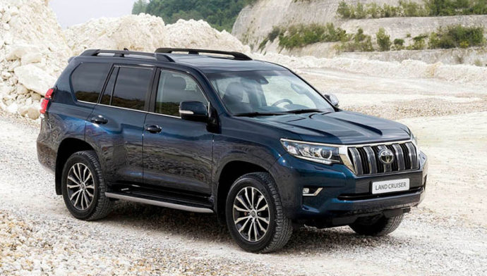 Фото: новая Toyota Land Cruiser Prado 2018 года