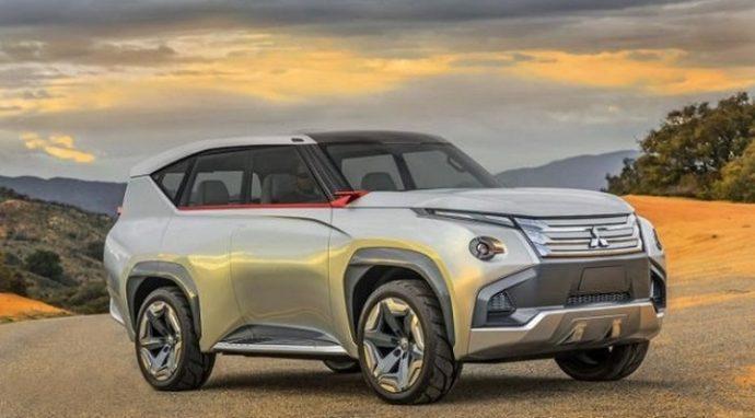 Фото: внешний вид Mitsubishi Pajero 2018