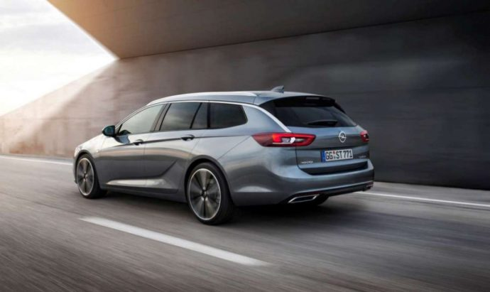 Фото: новый Opel Insignia SUV 2018