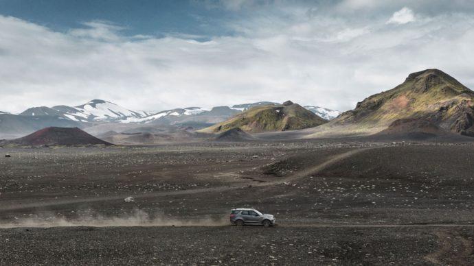 Фото: новый Land Rover Discovery SVX 2018